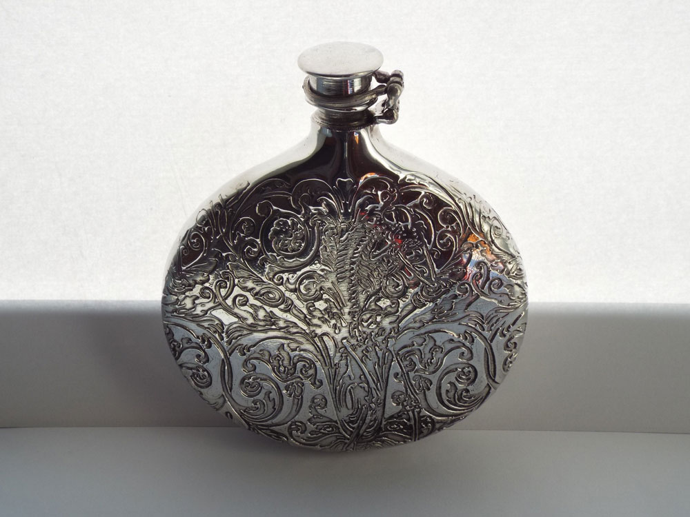 6oz Pewter Sporran Flask Embossed with Highland Foliage Pattern (F093)